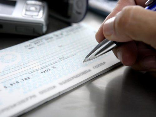 Como preencher um cheque corretamente